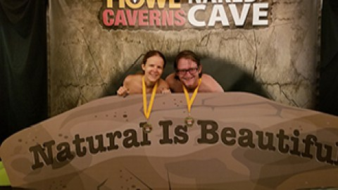 My Experience Getting Naked in a Cave at Howe Caverns (via felicitysblog.com)