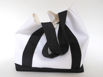 Sueco Bags Black / Snow Bucket Tote