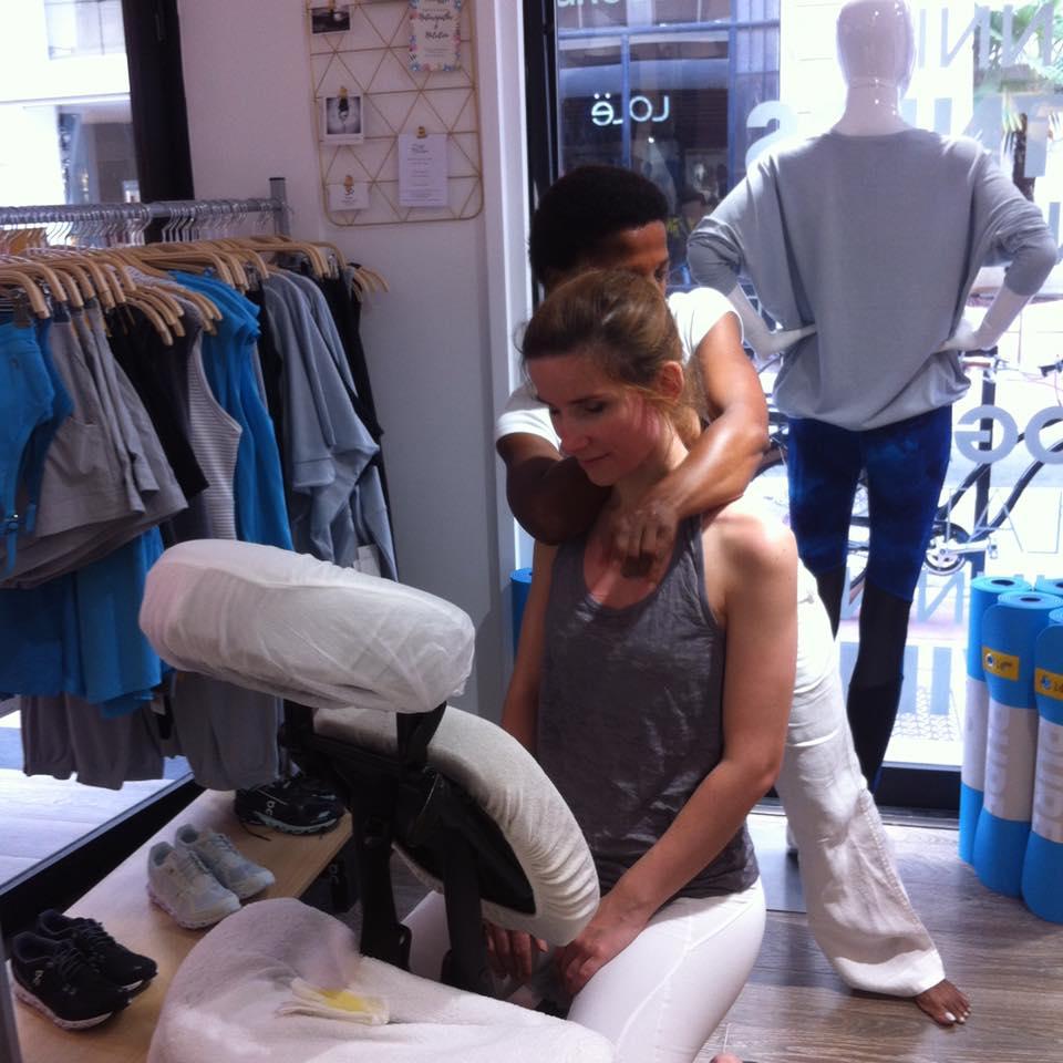 Clothilde Matthew - Massage Atelier Lole19420724_1173555362790545_2838060683480820018_n