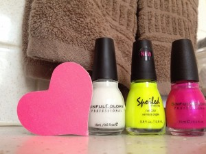 Neon Pink and Yellow mix n match nails