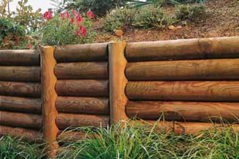 rondin en bois naturel pour cloture