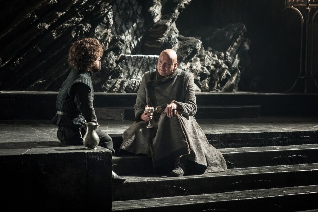Peter-Dinklage-as-Tyrion-Lannister-and-Conleth-Hill-as-Varys-%E2%80%93-Photo-Helen-Sloan-HBO HBO DIVULGA FOTOS INÉDITAS DO QUINTO EPISÓDIO DE  GAME OF THRONES