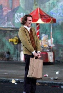 WhatsApp-Image-2018-09-16-at-19.13.56 Coringa   Divulgadas primeiras imagens de Joaquin Phoenix no filme; Confira
