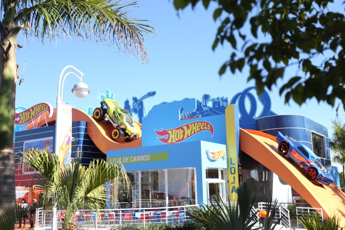 Foto_00-2018-HW_Beto-Carrero-World_area-tem%C3%A1tica Visitantes da CCXP poderão viver a adrenalina do Hot Wheels Epic Show do Beto Carrero World