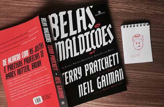 belas-maldicoes-livro-neil-gaiman-terry-pratchett-editora-bertrand-pipoca-musical-01-pagespeed-ce-mxo6eg16kp Belas Maldições | Benedict Cumberbatch será o Satã em série de Neil Gaiman