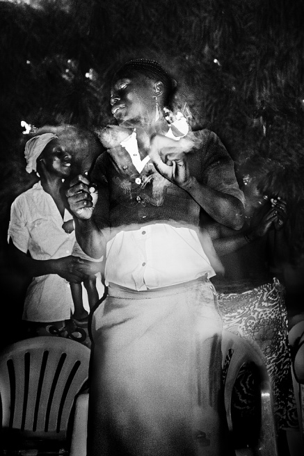 Art and Documentary Photography - Loading tne17.JPG