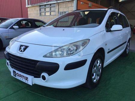 Peugeot 307 Sw Blanc D Occasion Recherche De Voiture D Occasion Le Parking
