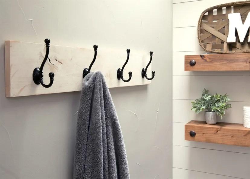 farmhouse style coat or towel rack