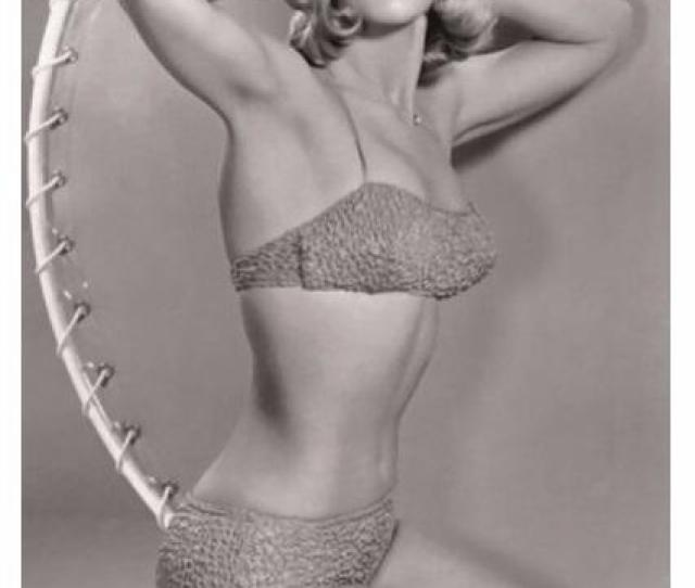 Sexy Barbara Eden Actress Pin Up Postcard Pub Buy Photos And