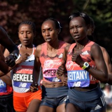 Keitany lead pack early