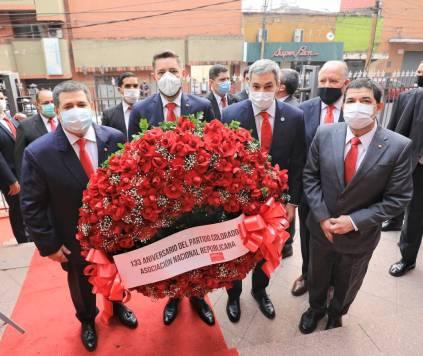 La Nación / Unidad y fervor republicano en un nuevo aniversario de la ANR