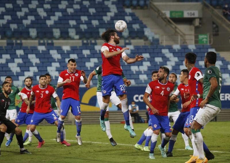 English-born striker gives Chile 1-0 win over Bolivia | Reuters