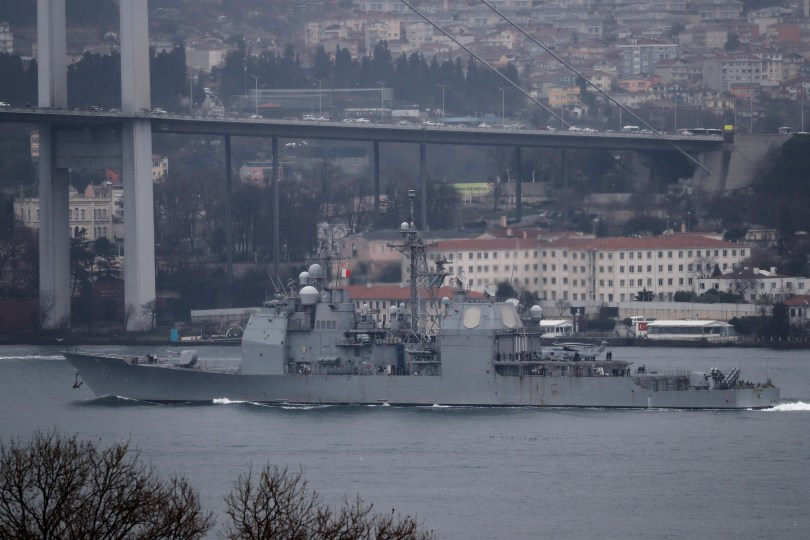 U.S. Navy guided-missile cruiser USS Monterey (CG-61) sails in the Bosphorus, on its way to the Black Sea, in Istanbul, Turkey March 19, 2021. REUTERS/Murad Sezer