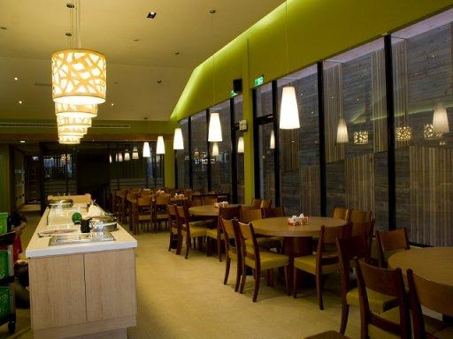 易鼎活蝦餐廳 (大里店)