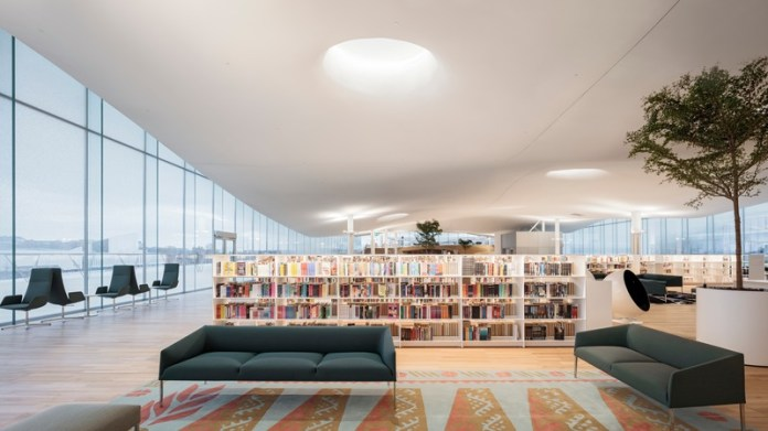 Press kit | 3977-01 - Press release | Helsinki Central Library Oodi - ALA Architects - Institutional Architecture - Top Floor - Seating - Photo credit: Tuomas Uusheimo