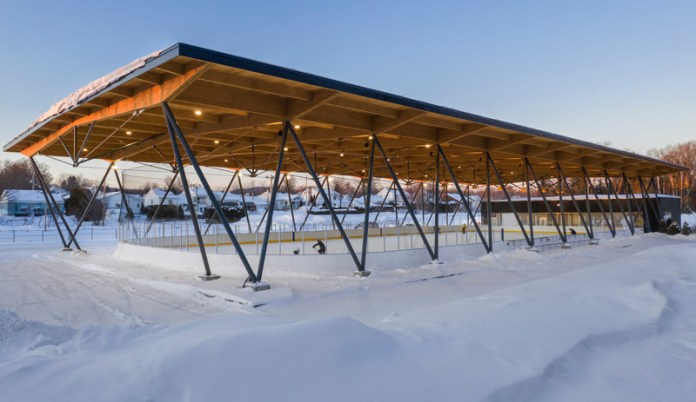 Press kit | 3253-01 - Press release | Parc des Saphirs skating rink - ABCP architecture - Institutional Architecture - Photo credit: Stéphane Groleau