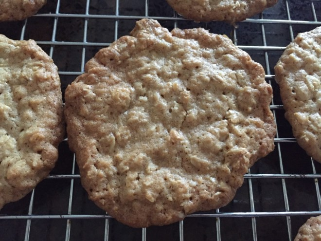 Crispy Oatmeal Cookie