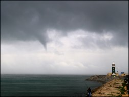 Waterspout_5 small