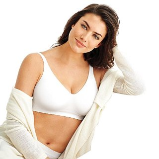 Bali Women's Plus Comfort Revolution Wirefree Bra with Smart Sizes