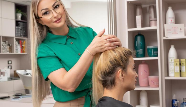 How Hair Styling Expert Ajkune Ahmetaj Is Reshaping The Beauty Industry With Her Signature Styles?
