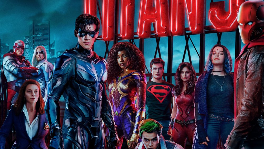 red hood wants to take over gotham city in exciting trailer for titans season 3