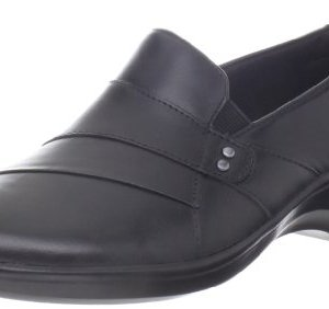CLARKS Women's May Marigold Slip-On Loafer, Black Leather