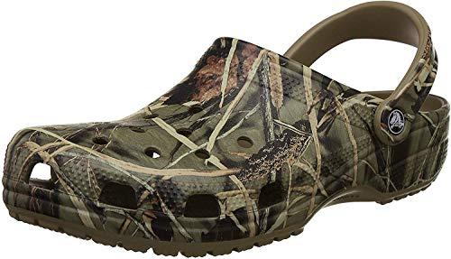 crocs Classic Realtree Clog, Khaki, 7 M US Women / 5 M US Men