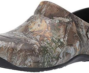 Crocs Bistro Realtree Edge Clog, Khaki/Black, 10 US Women / 8 US Men