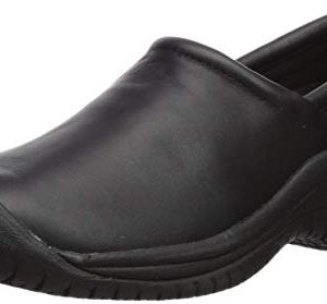 Utility Women's Slip On 2 Low Food Service Shoe