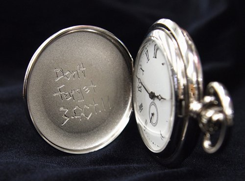 "Fullmetal Alchemist Ed`s Fob Watch  Origin: Imported (Japan)    Shipping Weight: 7.7 ounces  body: width 5 cm, the chain: 30 cm Fullmetal Alchemist Ed's Fob Pocket watch Great for Gift!   Product Description Proof of ownership of a national chemist, Ed Hunter take watch case type. Sakuchu stepped as a ""Remember 3.OCT.11"" on the back front of the case is made ??of metal. With the goal that you can encounter the sentiment of the universe of work all the more loyally replicated load up until 6 o'clock little second dependent on your settings. It is a pearl you'll need everlastingly looking overwhelming and vigorously in his grasp and, from that point. You additionally state chemist with this! ! Fullmetal Alchemist Ed`s Fob Watch"