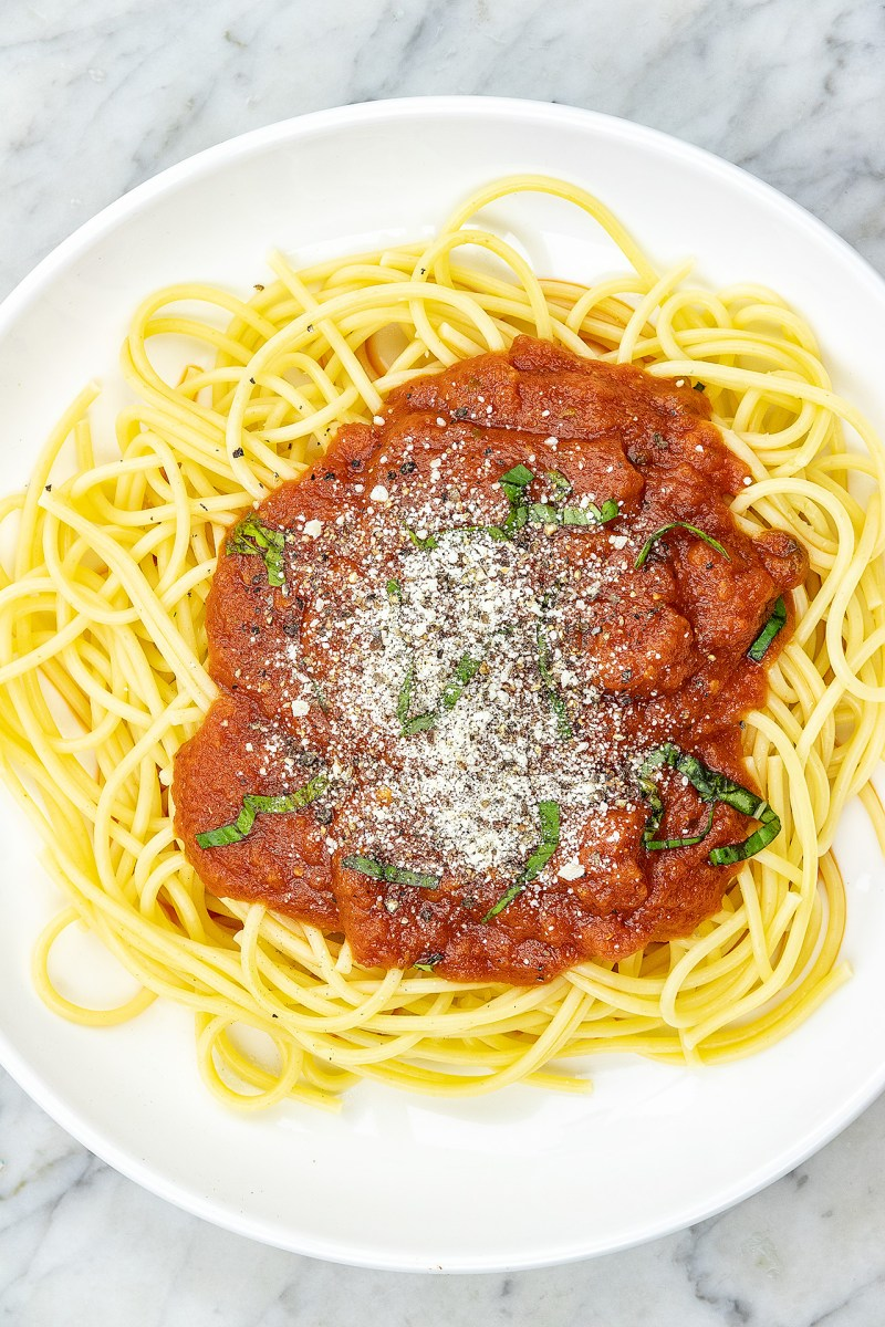 Pasta with thick spaghetti sauce