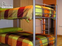 alojamiento-rural-valle-del-jerte-albergue-camas