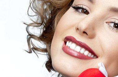 Comment apprendre à sourire magnifiquement: utilisez des exercices simples