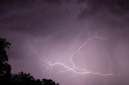 Eclairs internuages orage du 29 août ( Jacques )
