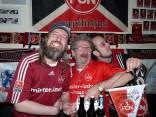 Der Vorstand mit Bier