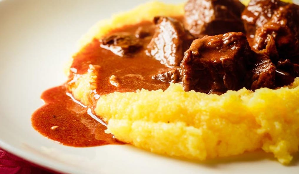 polenta that can be combined with goulash in Cortina