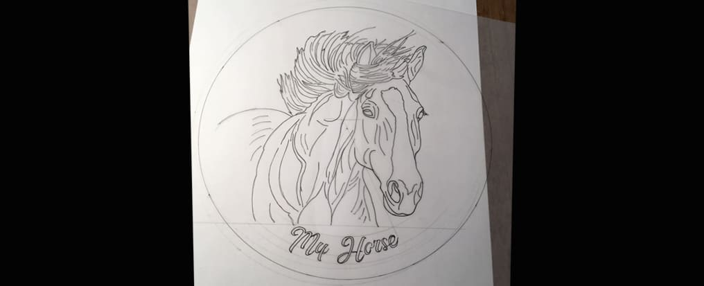 Your horse painted on a plate The draving