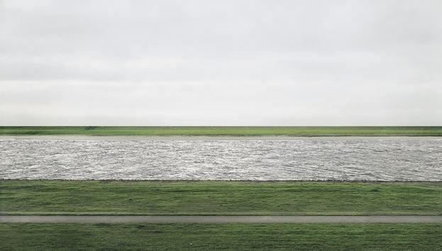 Andreas Gursky Rhein II