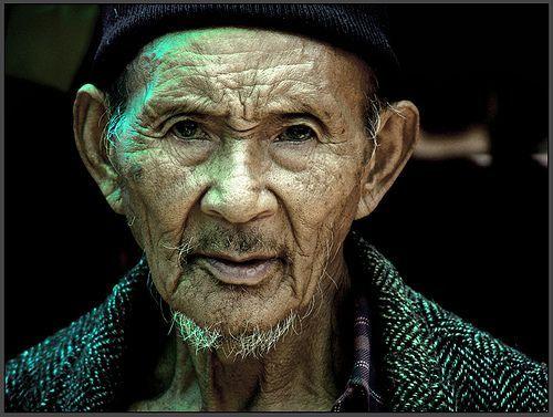 17 A man from vegetable market, Ravangla., por Sukanto Debnath