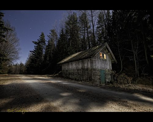 Svartedalen House at Night #photog (EXPLORED), por mescon