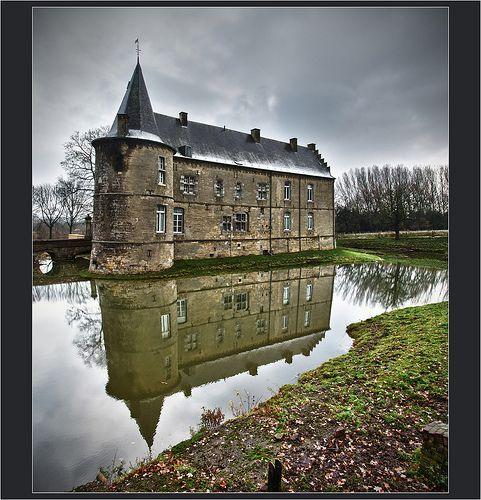 The haunted castle ..., por Bert Kaufmann (catching up !)