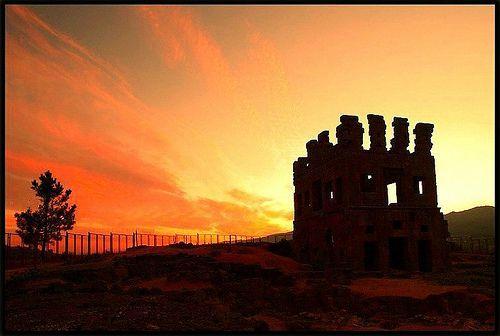 My Castle, por Crismatos ♥ so very busy, sorry