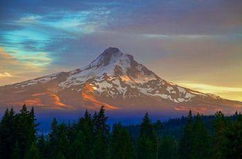 Mt. Hood, por Zach Dischner