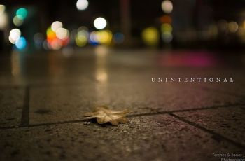 unintentional, por Terence S. Jones