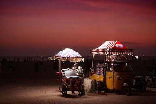 Uncle John Ice Cream @ Alleppey beach, Kerala, por VinothChandar