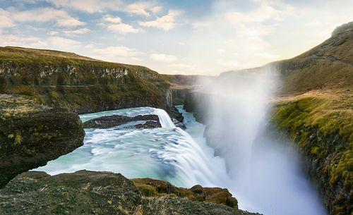 Gullfoss Waterfall in Iceland, por Ivan McClellan