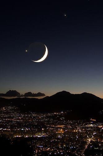 Luna Venere e Giove su Palermo, por Carlo Columba