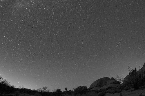 Perseid meteor shower 2013, por Channone Arif