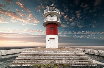 CLXXXVIII - lighthouse ortegal, por Juan Lois