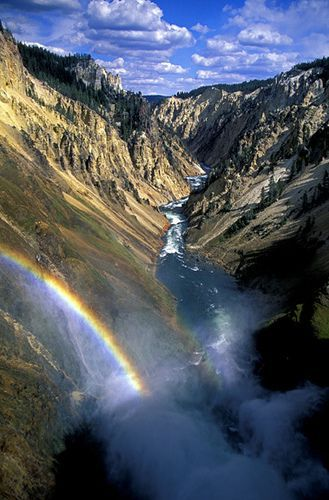 Rainbow at the Lower Falls, por Jim Dollar